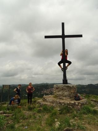 Ich musste natürlich versuchen am Gipfelkreuz hochzuklettern